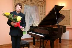 2010-08-29 Szafarnia; Fermin Bernetxea - Recital fortepianowy; n/z Fermin Bernetxea / fot. Tomasz Sieracki