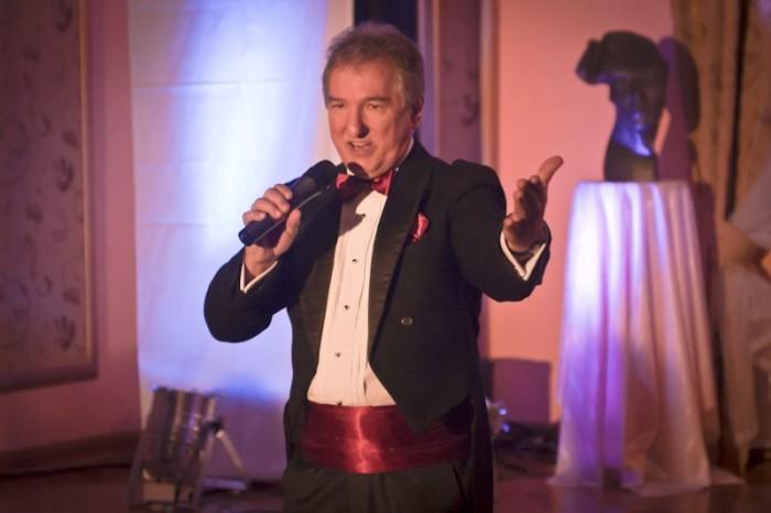 26.02.2011 Karnawal z opera; Andrzej Kuba Kubacki - tenor  / fot. Tomasz Sieracki