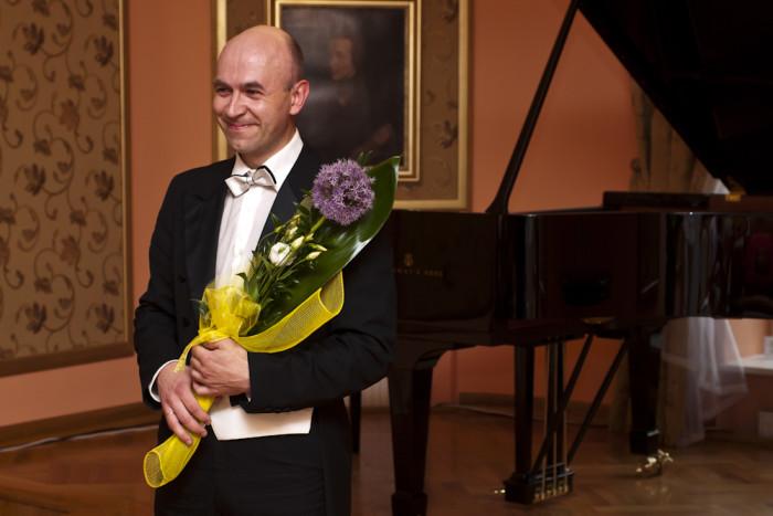 12.06.2011 Szafarnia; Pawel Rydel - recital fortepianowy / fot. Tomasz Sieracki/PAFT