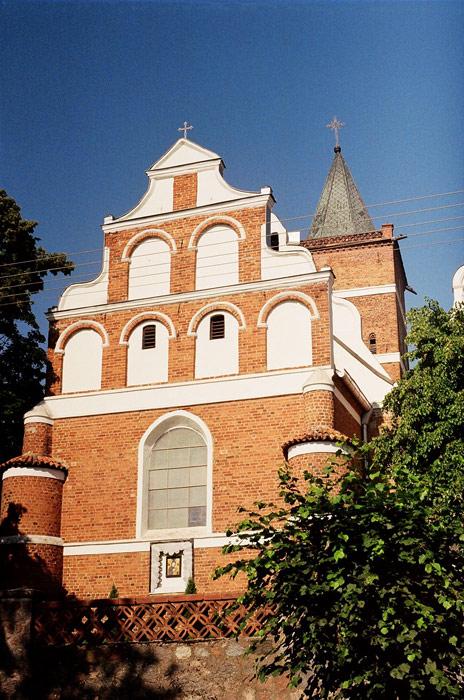 Służewo - Świątynia p.w. św. Jana Chrzciciela od wschodu - fot. A.Hermann