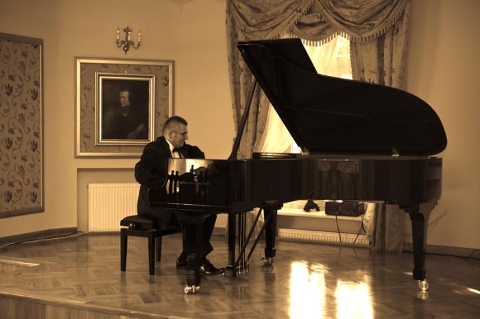 22.05.2011 Szafarnia; Piesni polskich kompozytorow / fot Tomasz Sieracki / PAFT